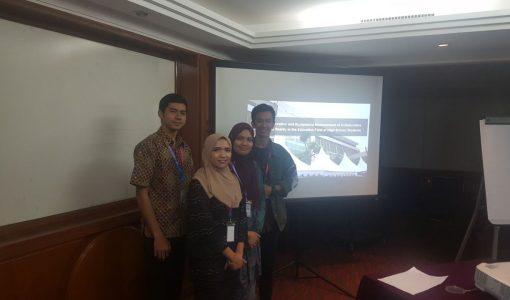 Mahasiswa Tingkat 1 dan Tingkat 2 Ilmu Komputer IPB Mempresentasikan Karya Ilmiahnya di Malaysia